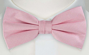YNNEST PINK pre-tied bow tie