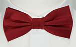 SOLID Red pre-tied bow tie